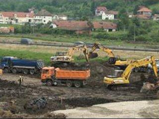 Радови на изградњи нове наплатне станице Врчин, покривалица