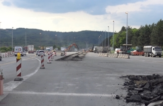 Removal of the old toll station Bubanj Potok, cover